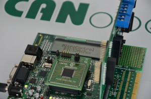 Entwicklungsboard DM240001 mit PIC32MX795
